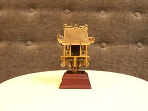 Chùa Một Cột bằng đồng cao 14cm - Q0244