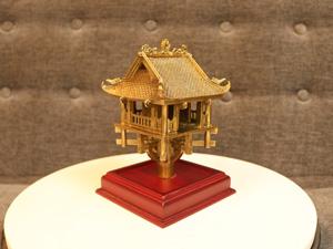 Chùa Một Cột bằng đồng cao 18cm - Q0245