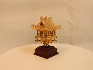 Chùa Một Cột bằng đồng mạ vàng cao 14cm - Q0114