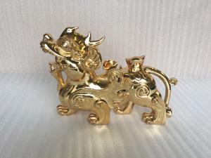 Con Tỳ Hưu bằng đồng mạ vàng 24k dài 31cm - Q0411