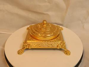 Gạt tàn bằng đồng dát vàng 20cm - Q0177