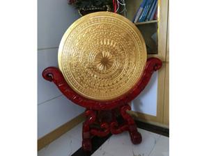 Mặt trống đồng đúc dát vàng đường kính 80cm giá gỗ hương - Q0314
