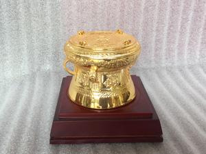 Quả trống đồng lưu niệm mạ vàng 24k đường kính 13cm - Q0334