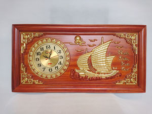 Tranh Gỗ Đồng Hồ Thuận Buồm Xuôi Gió Thếp Vàng 81cm
