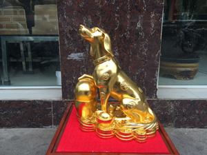 Tượng con Chó dát vàng cao 40cm - Q0656