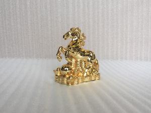 Tượng con Ngựa mạ vàng 15cm - Q0393