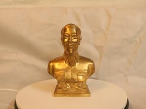 Tượng đồng Bác Hồ bán thân cao 22cm - Q0185