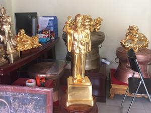 Tượng đồng Bác Hồ đứng chào dát vàng 70cm - Q0592