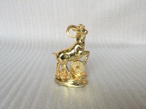 Tượng đồng con Dê cao 15cm mạ vàng 24k - Q0276