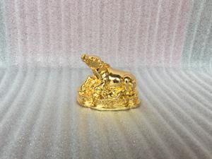 Tượng đồng con Trâu mạ vàng cao 10cm - Q0330