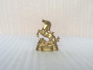 Tượng đồng con Ngựa cõng đĩnh vàng cao 11cm - Q0363
