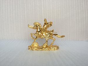 Tượng Quan Công cưỡi ngựa mạ vàng 24k cỡ 23cm - Q0507