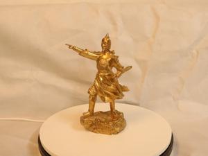 Tượng đồng Trần Hưng Đạo chỉ tay cao 25cm - Q0179