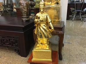 Tượng đồng Trần Quốc Tuấn mạ vàng cao 70cm - Q0378