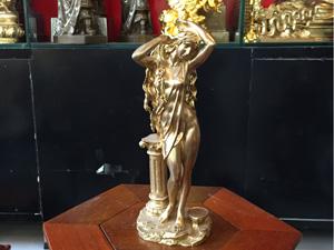 Tượng đồng vũ nữ cô gái châu âu đứng vén tóc cao 30cm - Q0541