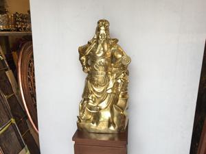 Tượng Quan Công cầm cuốn thư bằng đồng vàng 75cm - Q0415