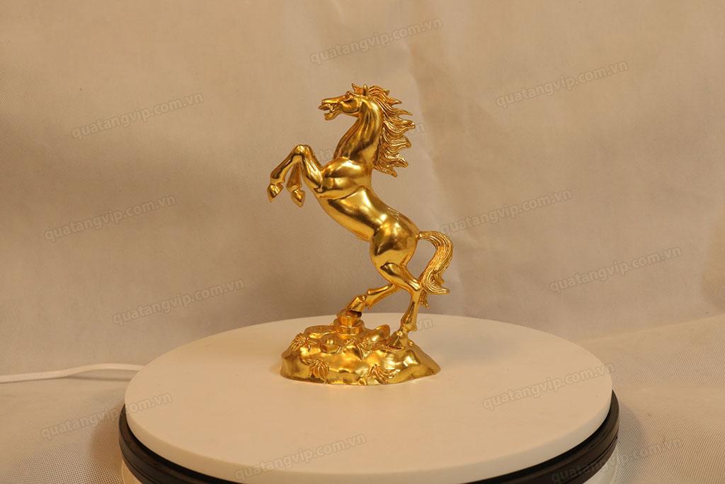 Tượng đồng con Ngựa dát vàng cao 20cm - Q0101